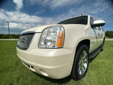 2014 GMC Yukon XL for sale at Carz Of Texas Auto Sales in San Antonio TX