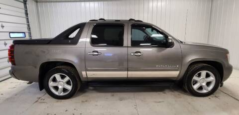2007 Chevrolet Avalanche for sale at Ubetcha Auto in St. Paul NE