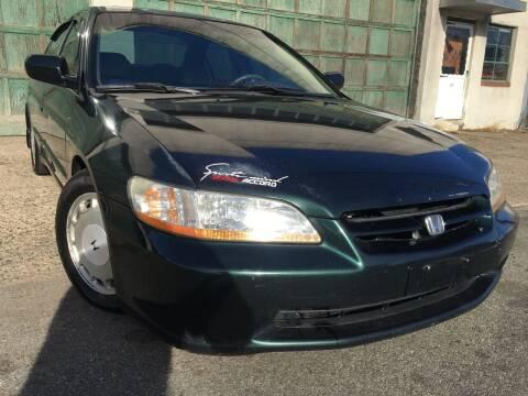 1999 Honda Accord for sale at Illinois Auto Sales in Paterson NJ