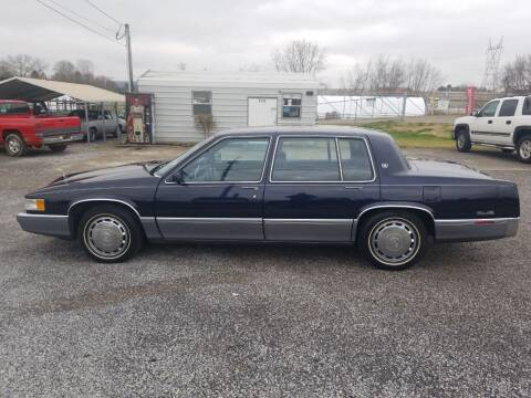 1990 Cadillac DeVille for sale at CAR-MART AUTO SALES in Maryville TN