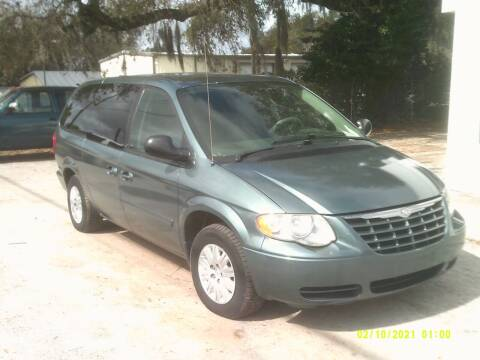 2006 Chrysler Town and Country for sale at ROYAL MOTOR SALES LLC in Dover FL