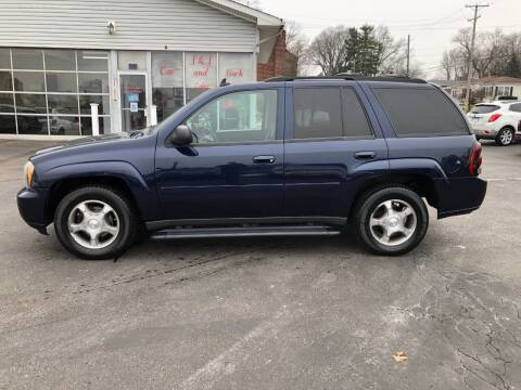 2009 Chevrolet TrailBlazer for sale at J&J Car and Truck Sales in North Canton OH