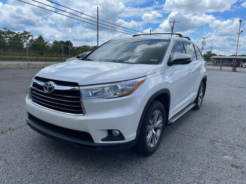 2015 Toyota Highlander for sale at Signal Imports INC in Spartanburg SC