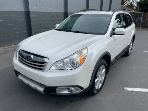 2012 Subaru Outback for sale at APX Auto Brokers in Lynnwood WA