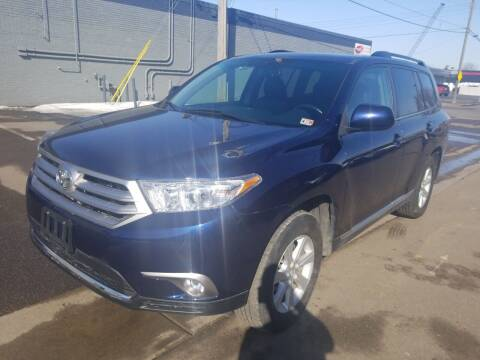 2013 Toyota Highlander for sale at The Car Buying Center in St Louis Park MN