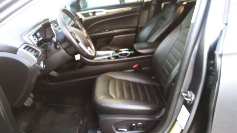 2013 Ford Fusion Hybrid SE 4dr Sedan - Hawthorne CA