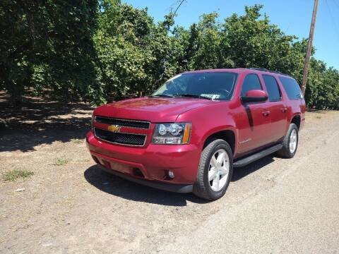 2007 Chevrolet Suburban for sale at M AND S CAR SALES LLC in Independence OR