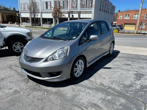 2009 Honda Fit for sale at East Main Rides in Marion VA