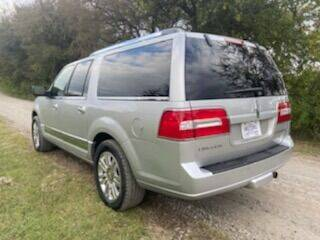 2011 Lincoln Navigator L for sale at CAVENDER MOTORS in Van Alstyne TX