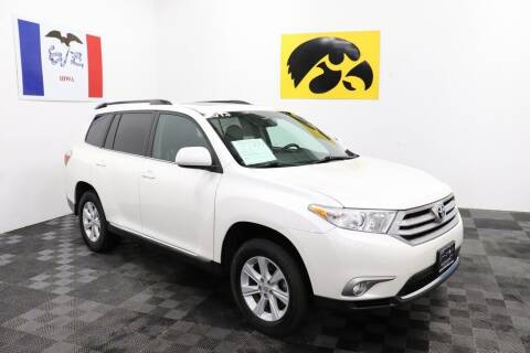 2013 Toyota Highlander for sale at Carousel Auto Group in Iowa City IA