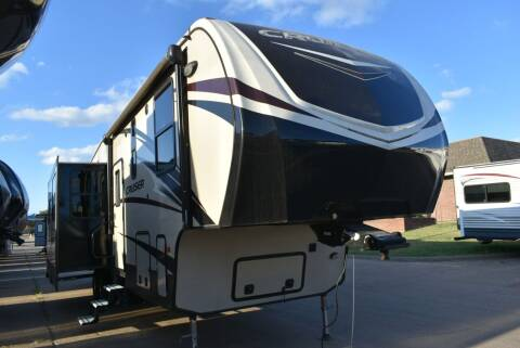 2017 Crossroads Cruiser 351QBH for sale at Buy Here Pay Here RV in Burleson TX