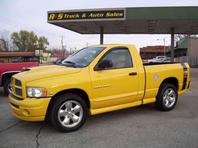 2005 Dodge Ram Pickup 1500 for sale at R & S TRUCK & AUTO SALES in Vinita OK