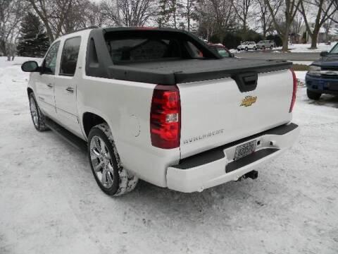 2009 Chevrolet Avalanche for sale at Northwest Auto Sales in Farmington MN