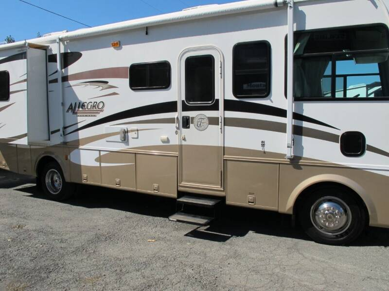 2007 Tiffin 28DA  2-Slideouts for sale at Oregon RV Outlet LLC - Class A Motorhomes in Grants Pass OR