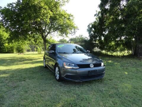 2011 Volkswagen Jetta for sale at Vamos-Motorplex in Lewisville TX