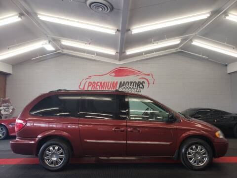 2007 Chrysler Town and Country for sale at Premium Motors in Villa Park IL