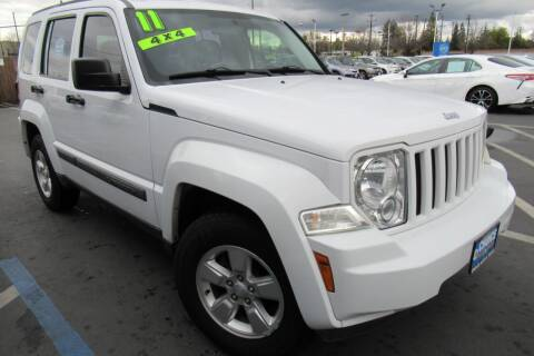2011 Jeep Liberty for sale at Choice Auto & Truck in Sacramento CA