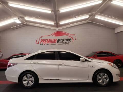 2015 Hyundai Sonata Hybrid for sale at Premium Motors in Villa Park IL