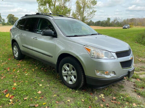 2010 Chevrolet Traverse for sale at Dave's Auto & Truck in Campbellsport WI