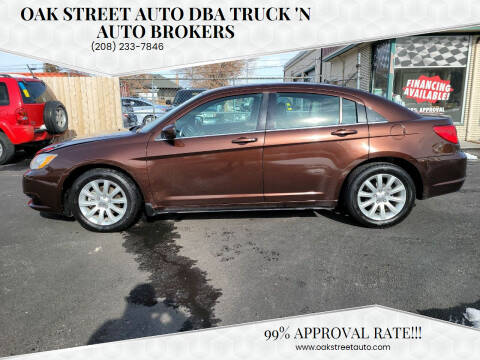 2013 Chrysler 200 for sale at Oak Street Auto DBA Truck 'N Auto Brokers in Pocatello ID