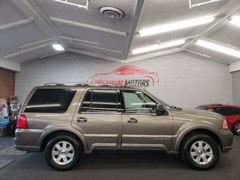 2003 Lincoln Navigator for sale at Premium Motors in Villa Park IL