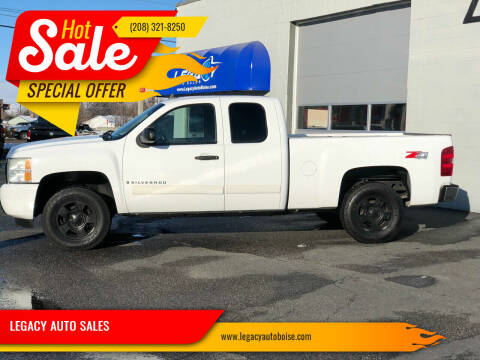 2008 Chevrolet Silverado 1500 for sale at LEGACY AUTO SALES in Boise ID