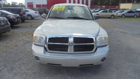 2006 Dodge Dakota for sale at Auto Mart - Moncks Corner in Moncks Corner SC