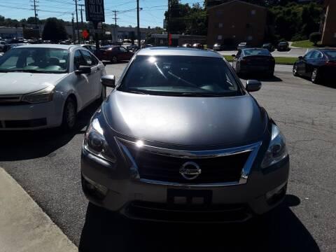 2015 Nissan Altima for sale at Auto Villa in Danville VA