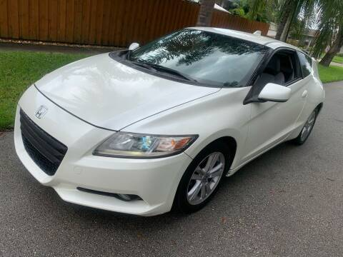 2011 Honda CR-Z for sale at FINANCIAL CLAIMS & SERVICING INC in Hollywood FL