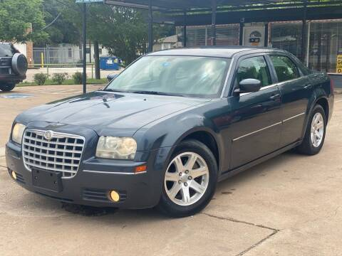 2007 Chrysler 300 for sale at Cash Car Outlet in Mckinney TX