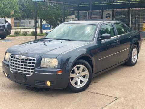 2007 Chrysler 300 for sale at Cash Car Outlet in Mckinney TX