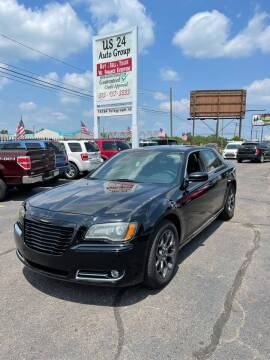 2013 Chrysler 300 for sale at US 24 Auto Group in Redford MI