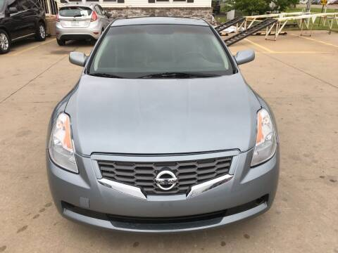 2009 Nissan Altima for sale at Zoom Auto Sales in Oklahoma City OK