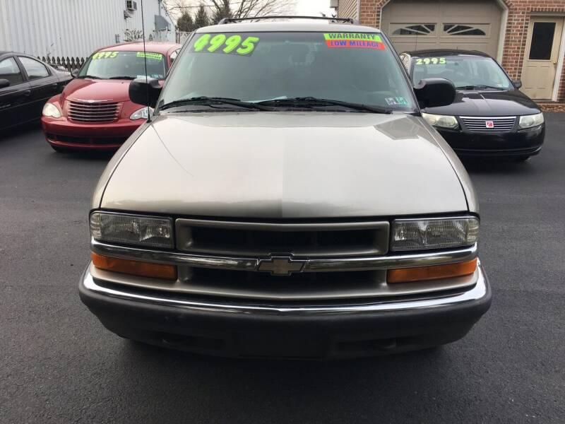 2000 Chevrolet Blazer for sale at BIRD'S AUTOMOTIVE & CUSTOMS in Ephrata PA