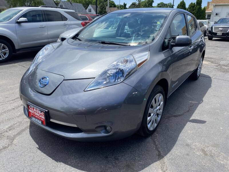 2014 Nissan LEAF for sale at CLASSIC MOTOR CARS in West Allis WI