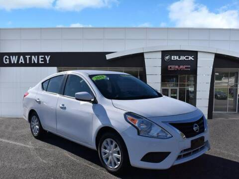 2019 Nissan Versa for sale at DeAndre Sells Cars in North Little Rock AR