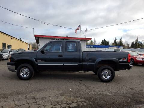 2005 Chevrolet Silverado 2500HD for sale at Ron's Auto Sales in Hillsboro OR