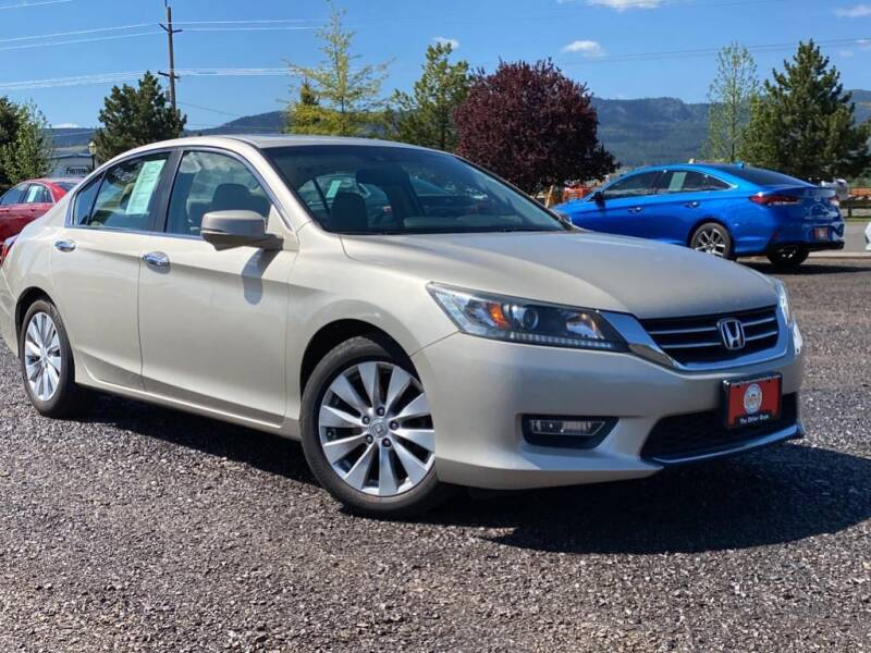 2013 Honda Accord for sale at The Other Guys Auto Sales in Island City OR