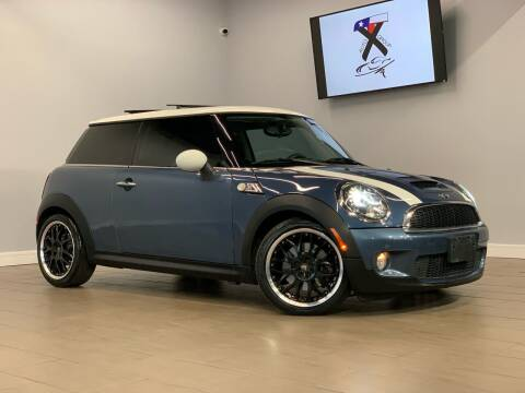 2010 MINI Cooper for sale at TX Auto Group in Houston TX
