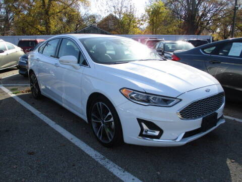 2019 Ford Fusion for sale at SOUTHFIELD QUALITY CARS in Detroit MI