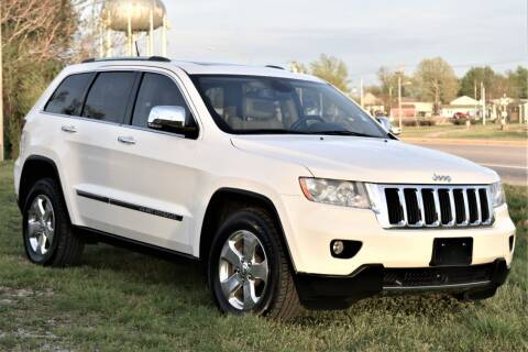 2011 Jeep Grand Cherokee for sale at JE AUTO SALES LLC in Webb City MO