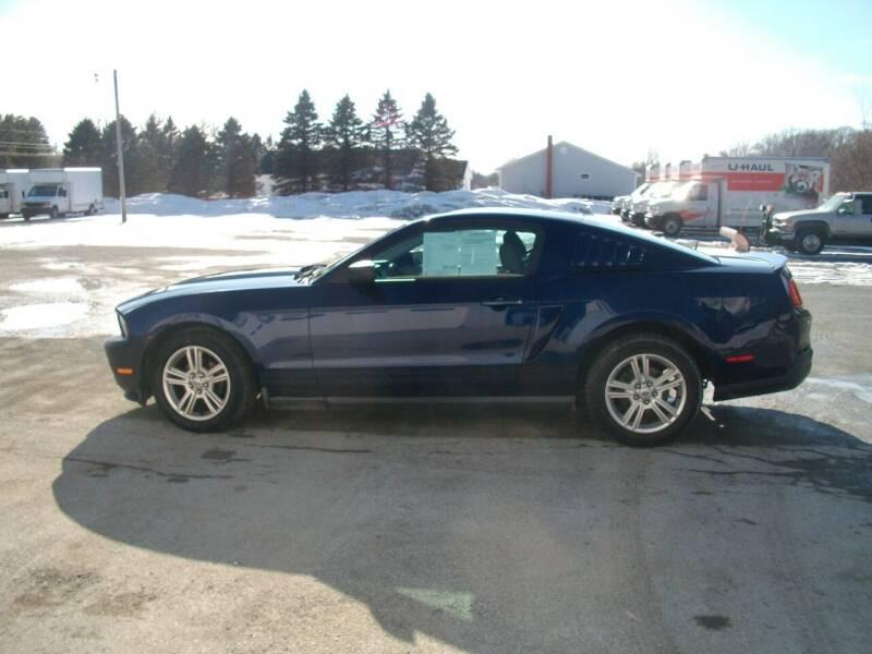 2010 Ford Mustang V6 2dr Fastback - Castleton VT