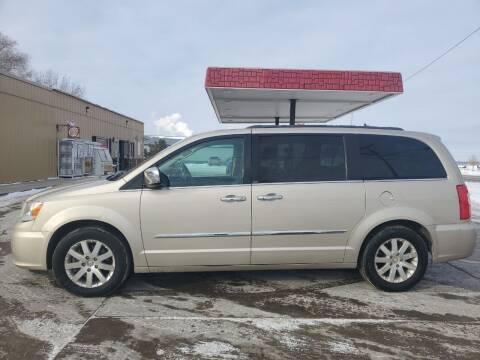 2012 Chrysler Town and Country for sale at Dakota Auto Inc. in Dakota City NE