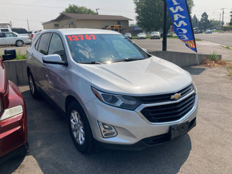 2018 Chevrolet Equinox for sale at BELOW BOOK AUTO SALES in Idaho Falls ID