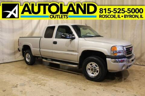 2005 GMC Sierra 2500HD for sale at AutoLand Outlets Inc in Roscoe IL