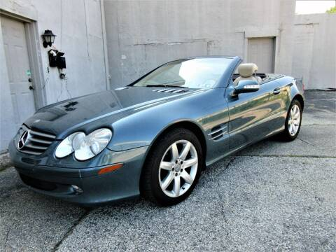 2003 Mercedes-Benz SL-Class for sale at New Concept Auto Exchange in Glenolden PA