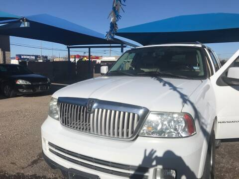 2006 Lincoln Navigator for sale at Autos Montes in Socorro TX