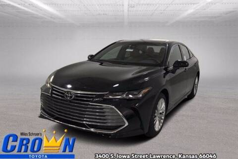 2021 Toyota Avalon for sale at Crown Automotive of Lawrence Kansas in Lawrence KS