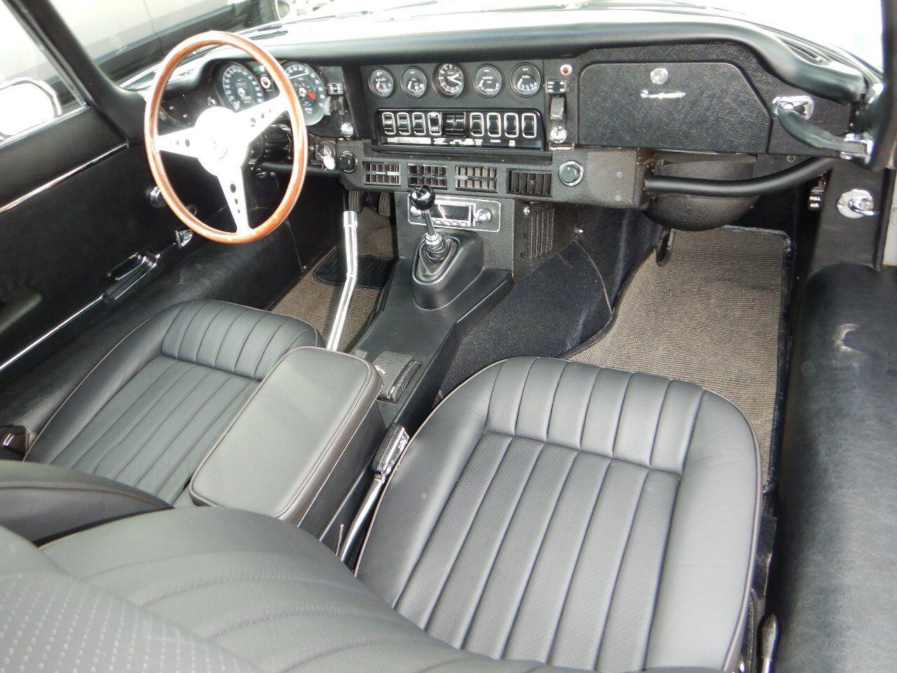 1973 Jaguar XKE 69