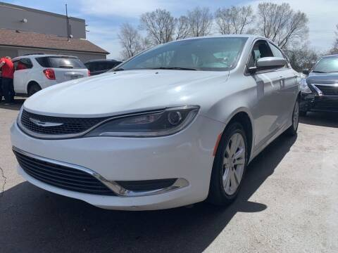 2015 Chrysler 200 for sale at MIDWEST CAR SEARCH in Fridley MN